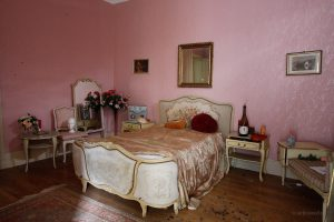 chateau banana barockes schlafzimmer