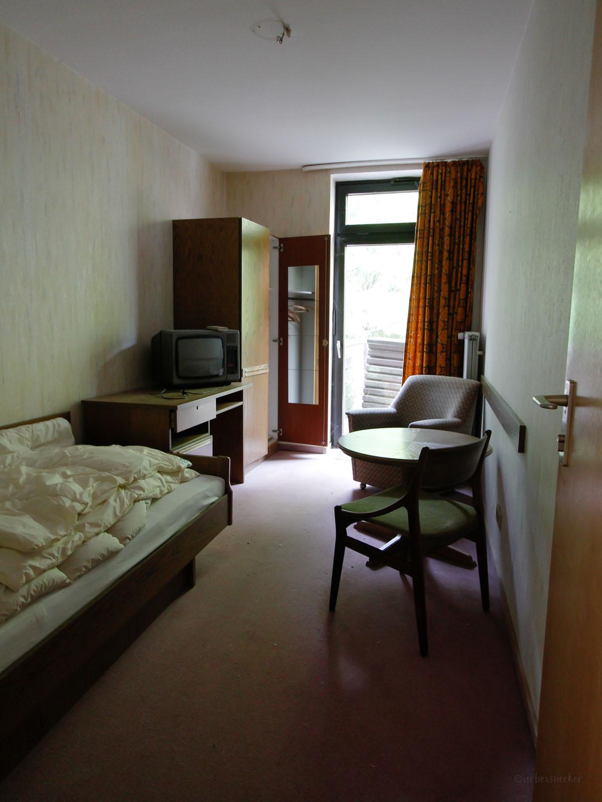 verlassenes Rehbock-Hotel Einzelzimmer