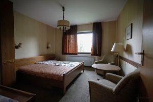 verlassenes Rehbock-Hotel doppelzimmer 6199
