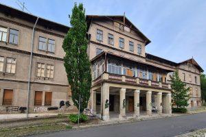 verlassenes Hotel Thale Aussenansicht