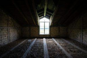 verlassenes hotel zehnpfund dachboden