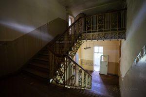 verlassenes hotel zehnpfund treppenhaus