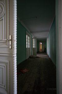 verlassenes Hotel Saalgang