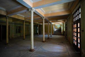 verlassenes Hotel Thale Eingangshalle
